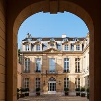 ambassade parijs